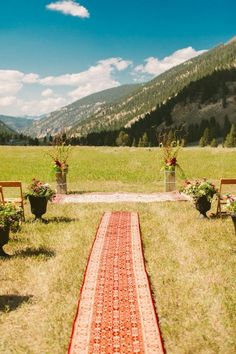 rug running down the aisle