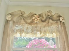 No sew burlap window treatment (with instructions)(from Junk Chic Cottage)