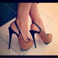 Fashionable Brown Suede Platform Sandals