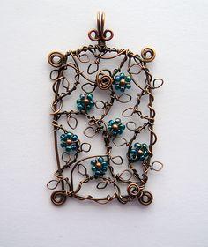 tangled vine. pendant. louise goodchild.