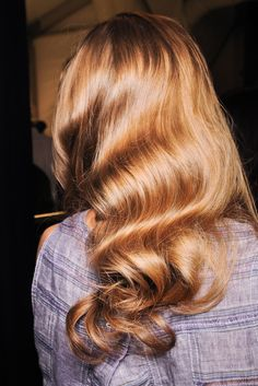Strong, beautiful hair makes for the most gorg loose pin-curled waves