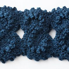 Bernat: Pattern Detail - Alpaca - Figure Eight Cowl ( free crochet pattern)