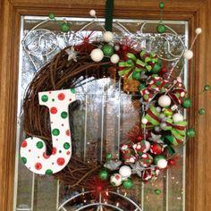 CHRISTMAS WREATH IDEAS   Homemade Wreath   Christmas Ideas