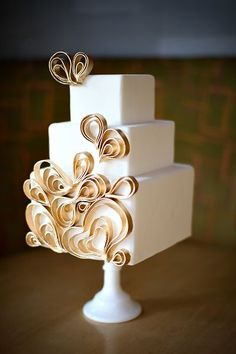 Gold quill cake