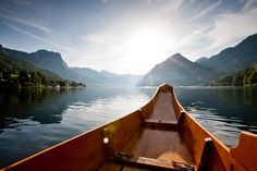 Enjoy a boat ride at Lake Grundlsee in Styria, Austria #austria #styria #grundlsee #lake #water #summer #boatride