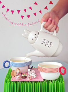 Shinzi Katoh's Rabbbit Tea for Two Set has a party with carrot cupcakes! tea time, tea parti, tea sets, tea for two, afternoon tea