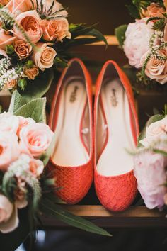 coral wedding shoes, photo by Artistrie Co http://ruffledblog.com/watch-tower-lodge-wedding #weddingshoes #flats