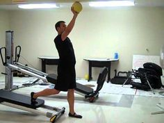 International GRAVITY Master Trainer Michael Steel demonstrates a Total Gym Lower Body Exercise Series that utilizes a lightweight medicine ball to add an upper body challenge and get the heart rate pumping!