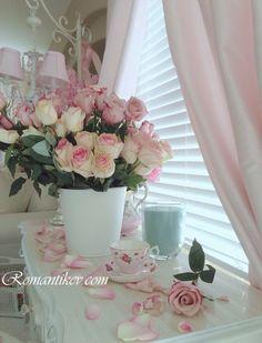 Romantik guller Romantik Ev  Pembe Ev dekorasyonu Masal evim Yine mi güzeliz , yine mi çiçek.. Dekorasyonda cicekler-ciceklerle dekorasyon Dekorasyonda romantik dokunuslar