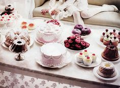 dessert tables, tea time, tea parti, teaparti, cupcake party, food, cake tables