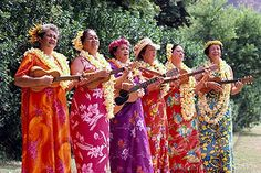 Vintage muumuu wearing ukulele players  Ahh!! The sweet sound of ukuleles ...