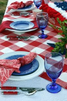 red white blue table setting