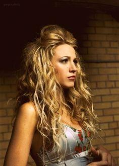 cool hairstyles messy hair, girl crushes, long hair, blake lively, wedding hairs, hair style, big hair, hairstyl, curly hair