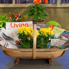 Need an idea for a Mother's Day gift?  Surprise your favorite gardener with a beautiful basket of gardening essentials.