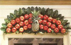 the doors, pineappl, colonial williamsburg, apples, wreath