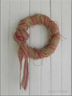 GORGEOUS burlap wreath from Bilancia Designs. Absolutely love this!!!!!     http://www.bilanciadesigns.com/