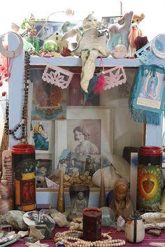 ♥ little altars