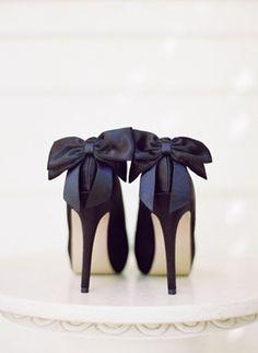 Bow heels//