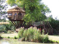 Amberley Castle's Mistletoe Lodge Tree House More: http://www.amberleycastle.co.uk/hotel/gardens