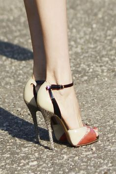 #Cute  #High Heels #2dayslook #highstyle #heelsfashion  www.2dayslook.com