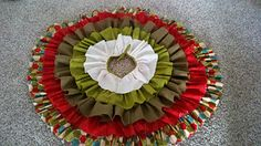 Ruffled tree skirt @ Julie, we should do this..LUV it!
