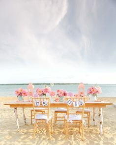 pink and peach beach wedding tablescape /// Photo by Ben Q Photography