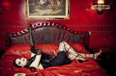 Ellen von Unwerth photo & lovely tights!