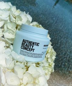 Going lighter for the summer doesn't have to mean having dry hair. I started using this Authentic Beauty Concept clean moisturizing mask which brought shine back to my lackluster strands...root to tips. Any beauty product I can use safely during pregnancy and actually works gets my seal of approval.