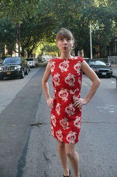 Vintage Simplicity pattern dress made from Mood's Oscar de la Renta raw silk. #moodfabrics