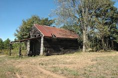 Abandoned country store, Eatonton, Putnam Co., GA - © Brian Brown and Vanishing Media
