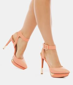 sexi shoe, peach heels, pastel heel, spring colors, gold shoes