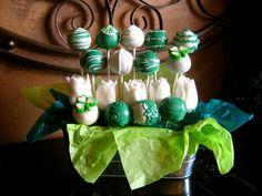 by PetiteDelightsbyMichele, via Flickr  St. Patrick's Day Cake Pops