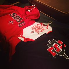 """@bigkahunabullies's photo: """"Mother, Father, and Son ready for Aztec Football at the Q! #sdsu #aztecs #sandiego #collegefootball"""""""