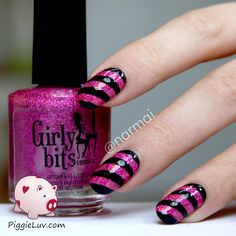PiggieLuv: Sparkly nails with Girly Bits Razzle Dazzle and nail vinyls