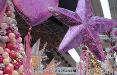 Pink, Purple, Silver & White Holiday Color Scheme  | TheDecoratingDiva.com