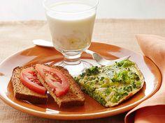Broccoli Frittata with Tomato Toast and Banana Milk #myplate #letsmove #dairy #protein #veggies