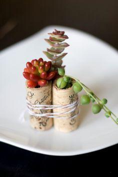 100 Succulent Mini Garden Recycled Wine Corks, Wedding Favors, Succulents, Vintage Corks