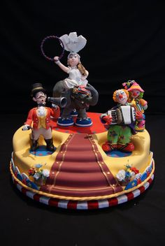 Circus Cake by Cakes by Curly (8/15/2012)  View cake details here:http://cakesdecor.com/cakes/25268