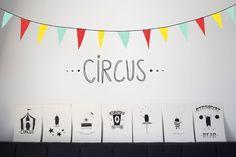 •circus•