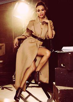 Zoe Saldana... gorgeous.