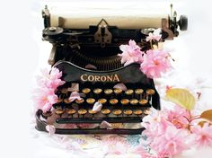 Flowers and writing, two of my favorite things   Vintage Rose Brocante & Vintage Vanille