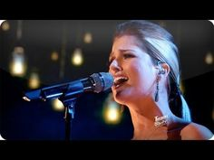 """Cassadee Pope makes Keith Urban's """"Stupid Boy"""" her own on """"The Voice"""""""