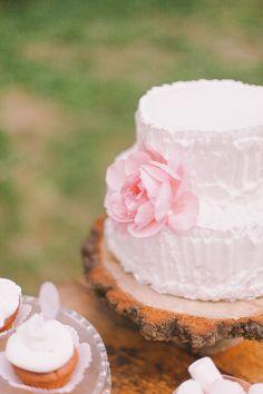 rustic inspired cake