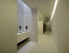 All-concrete bathroom by Carvalho Araujo. | #Bathroom #InteriorDesign |