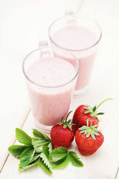 Clean Eating Strawberry Smoothie from www.TheGraciousPantry.com