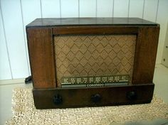 Vintage Tube Radio Coronado Model 438685 Music Am by UpstairsAttic, $40.25