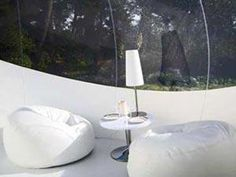 A night in a bubble room, under the stars ! under the stars, bubbl room