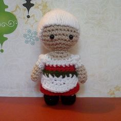 Mrs Claus Christmas Crochet Amigurumi Doll PDF Pattern