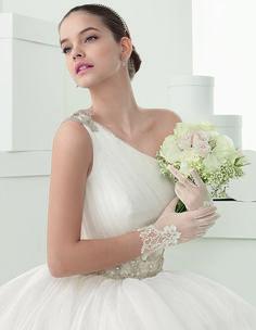 Vestidos de noivas de Rosa Clará para 2014