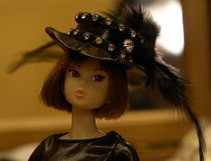 tutorial for a fashion doll/Barbie hat